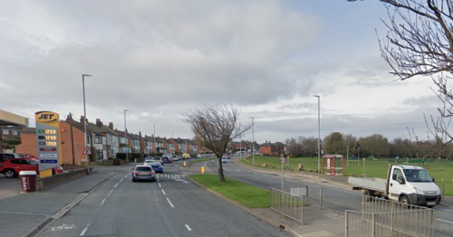 Live updates as major Dewsbury road closed by police after crash