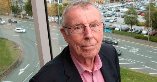 Veteran Kirklees councillor one of five Labour members set to step down