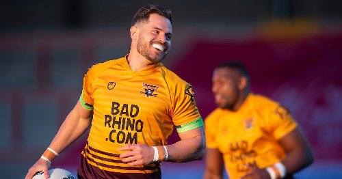 Aidan Sezer linked with Huddersfield Giants exit as NRL club shows interest