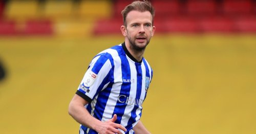 Town 'in the hunt' for Jordan Rhodes with Owls' contract decision looming