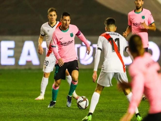 Barcelona sufre ante el Rayo pero avanza en la Copa del Rey