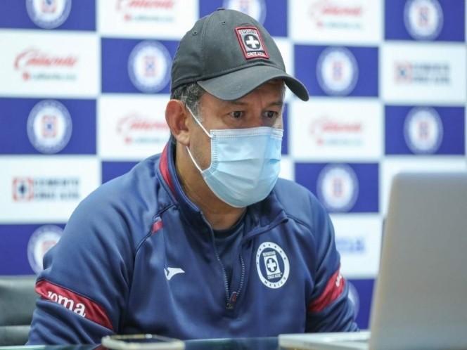 Ganar y sumar es lo importante en Cruz Azul, asegura Reynoso