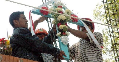 100,000 trabajadores de la construcción no celebran este 3 de mayo por desempleo