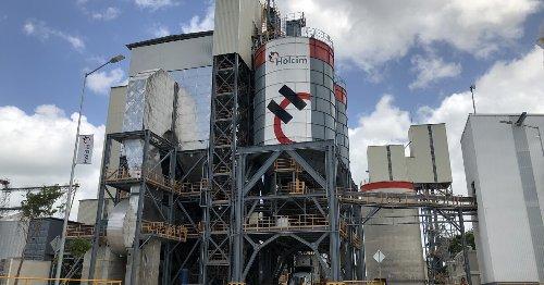 Holcim inaugura planta de cemento que abastecerá al Tren Maya