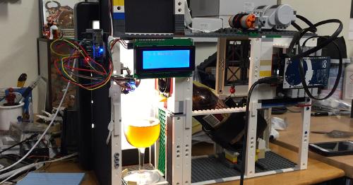 Robot puede analizar calidad de una cerveza con escanear la espuma