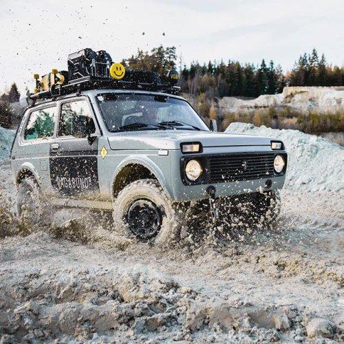 The Vagabund Lada Niva :: Drool - Expedition Portal