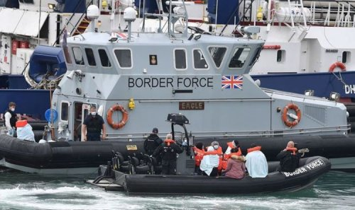 Channel crossing: Migrants - including one child - picked up in 'dangerous' dinghy bid