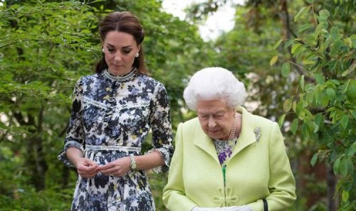 Queen had severe doubts over Kate's suitability for William: 'Grave concerns'