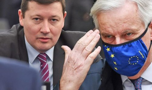 Brexit showdown: Insider lifts lid on Barnier's battle with 'Monster of Brussels' Selmayr