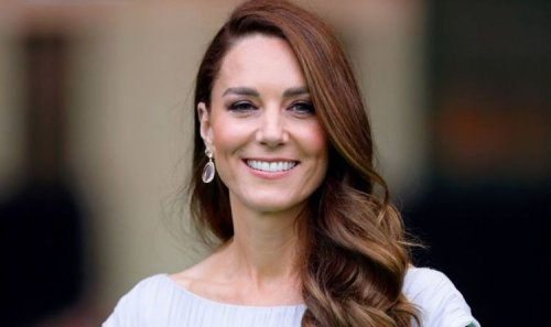 'Out of her comfort zone!' Kate praised for 'great job' representing royals on world stage