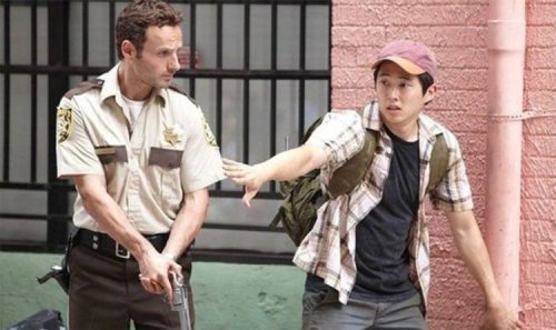 The Walking Dead plot hole: Fans uncover major mistake with Rick Grimes tank scene