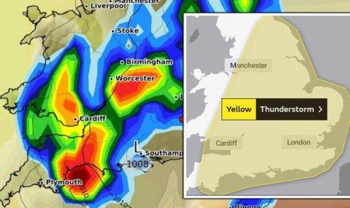 Met Office THUNDERSTORM warning: UK told to prepare for lightning strikes and hail