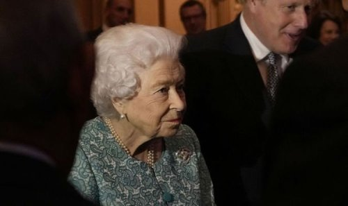 Why has the Queen cancelled her Northern Ireland trip?