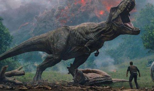 Jurassic World 3 Dominion director details huge time jump between films