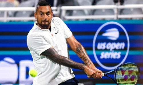 Nick Kyrgios stuns fans with tweener serve in 'box office' performance