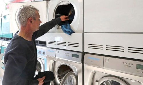 Dry cleaning businesses 'washed up' after turnover loss in the pandemic