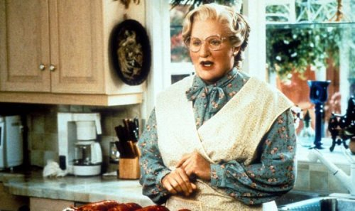 Robin Williams sent a beautiful letter to save his young co-star's education