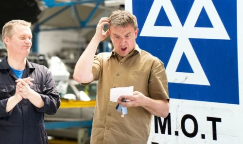 MOT scam warning: Seven rip-off garage tactics watch out for - Brits urged to 'be wary'