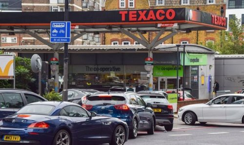 Rejoiners scaremongering dismantled as petrol stations back to normal - 'Didn't need EU'