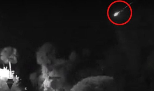 Meteor blast over Florida leads to plane crash fears - watch