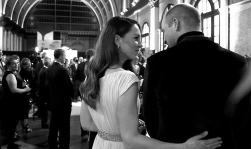 Kate puts arm around William in tender behind the scenes moment caught on camera -pictures