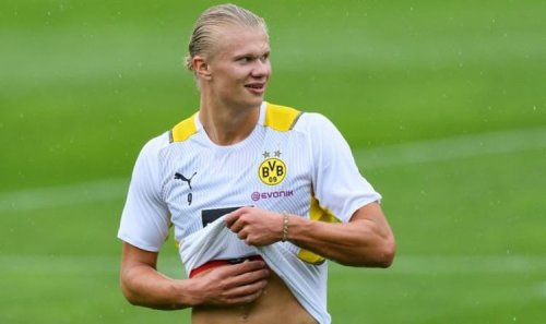 Chelsea's fresh transfer blow cancelled out by boost in Erling Haaland race