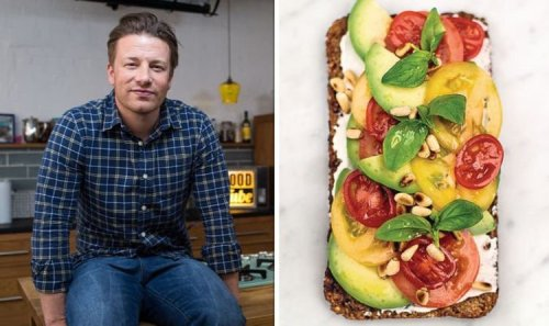 Jamie Oliver shares 'delicious' breakfast recipe to lose weight - 'super simple!'