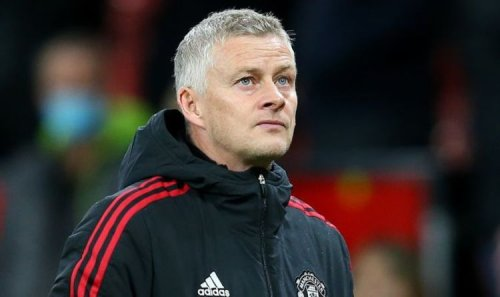 Ole Gunnar Solskjaer waiting on Glazers phone call with Man Utd humiliated by Liverpool