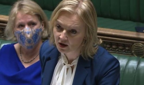 Liz Truss: Foreign Secretary hints at MORE mega-deals as UK storms ahead out of EU