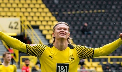 Chelsea 'make opening Erling Haaland transfer bid' which includes player swap