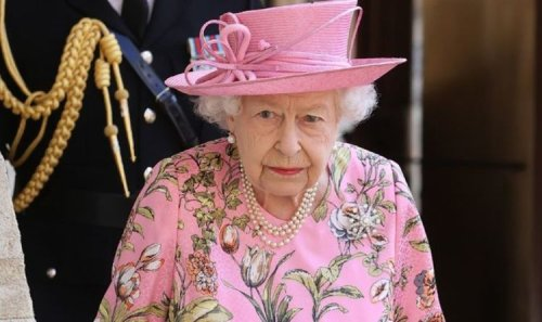Queen heartbreak: Royal expert notes worrying 'weight loss' in new photos 'Taking a toll'