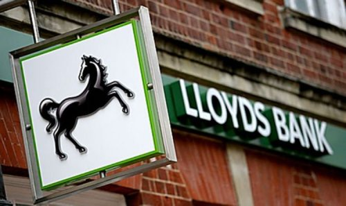 Lloyds announces closure of 44 branches to fury of customers