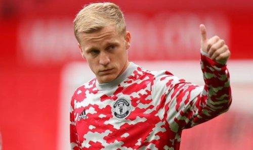 Man Utd backed to sell 'lost' Donny van de Beek as Arsenal 'prepare January swoop'