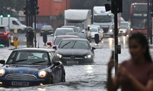 London flooding: Capital lashed by one MONTH of rainfall in just three hours