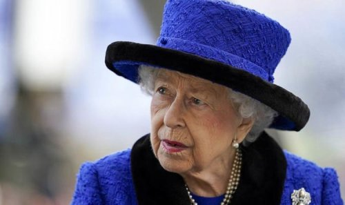 Queen will carry on: Monarch to continue in-person duties 'if she can possibly make it'
