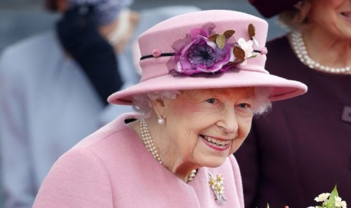 Smiley and glorious - Our brave Queen is back after a challenging year