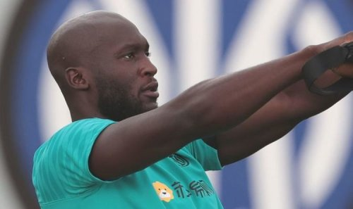 Romelu Lukaku 'agrees personal terms with Chelsea' as 'Inter eye two stars in swap deal'