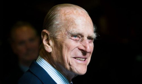 Tribe that worshipped Prince Philip as a god could appoint Prince Charles successor