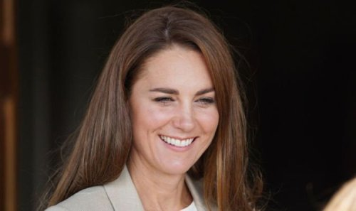 'Engaged' Kate Middleton wins hearts of military personnel during RAF visit