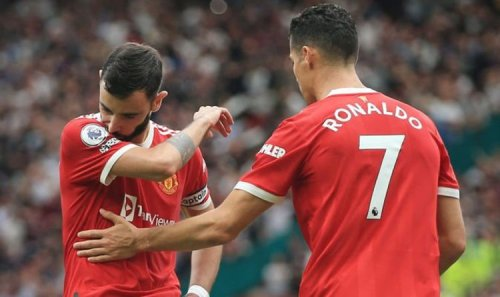 How Cristiano Ronaldo reacted after Bruno Fernandes missed Man Utd penalty in Villa loss