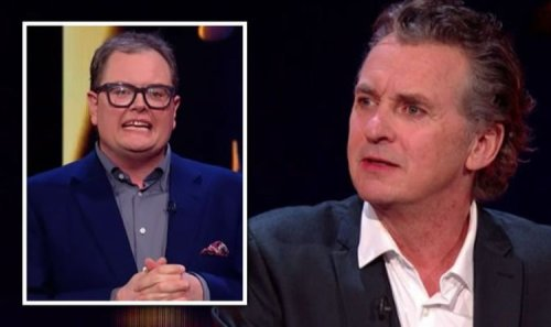 Shane Richie's appearance distracts Alan Carr's Epic Gameshow viewers 'He needs help!'