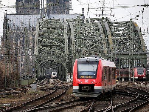 Deutsche Bahn: Ab heute: So ein Zug hat im Kölner Hauptbahnhof noch nie gehalten