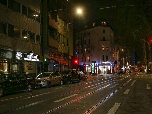 Zoff in Köln: Eilantrag gegen Ausgangssperre: Gericht trifft erste Entscheidung