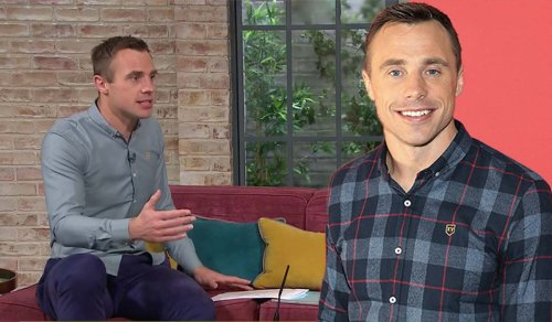 Tommy Bowe suggests how you can find out if your co-worker is vaccinated