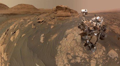 NASA's Curiosity Mars Rover Beams Back Stunning Selfie - ExtremeTech