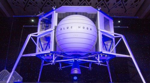 Blue Origin Challenges NASA Selection of SpaceX for Lunar Lander