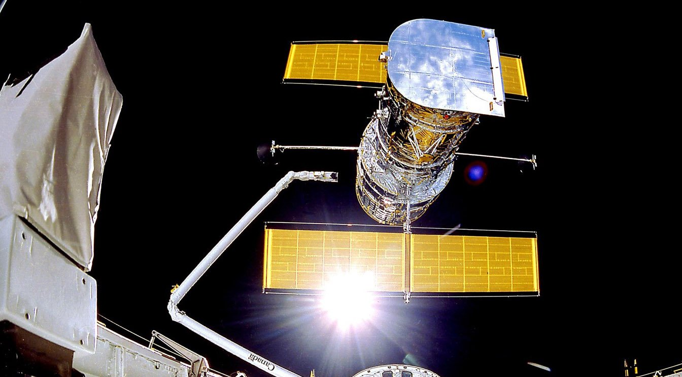 NASA Still Trying to Revive Hubble Telescope After Memory Swap Fails - ExtremeTech