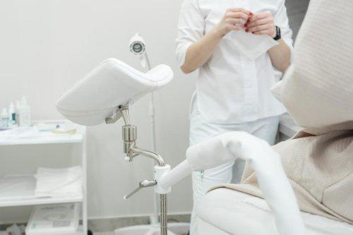 Pourquoi y a-t'il une pénurie de gynécologues en France ?