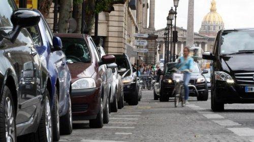 Amendes injustifiées, paiement impossible... À Paris, le cauchemar des automobilistes face au bug du site de stationnement