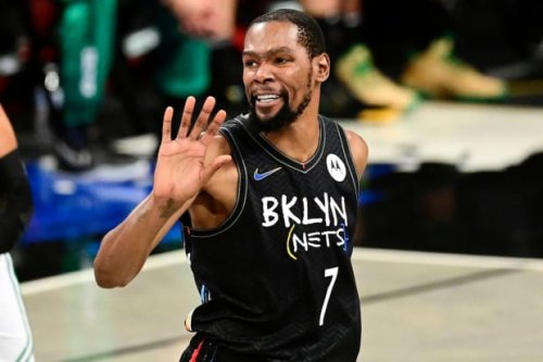 """Kevin Durant Smokes A Lot Of Weed, According to Actor Matt Sullivan: """"He Smokes Even More Than You Think."""""""